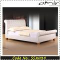 cómoda cama de cuero italiano