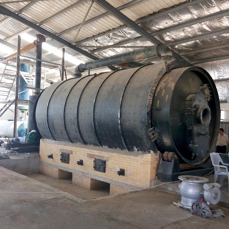 تستخدم البلاستيك ماكينات إعادة تدوير البلاستيك إلى الانحلال الحراري الوقود في سعر الهندي