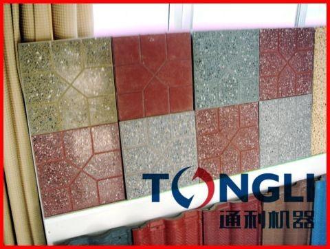 Floor tiles polishing machine