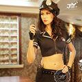 elegante negro y sexy traje de policía de cuero