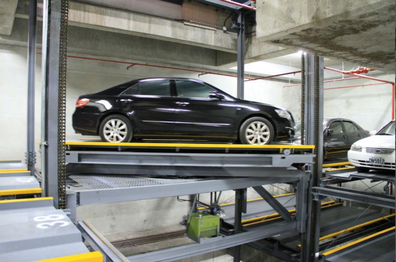 Intelligent parking garage de stockage automatique de for Arret voiture garage