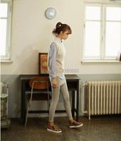 Женская обувь на плоской подошве No  1021