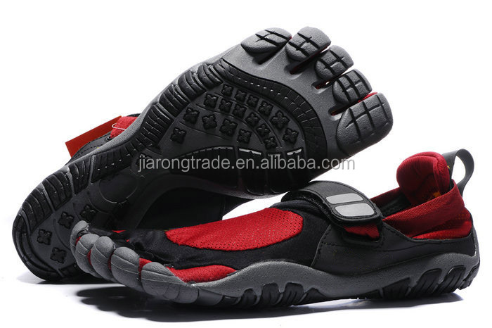 Rubber high quality four finger shoes hot selling style Rubber high quality five finger shoes hot selling style 2015