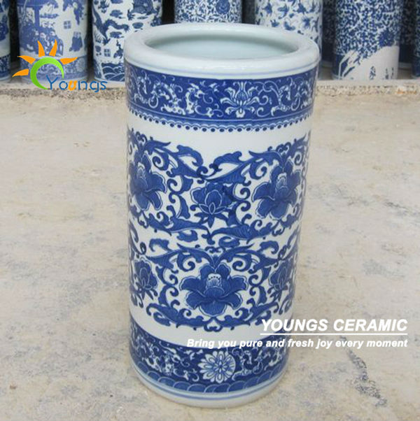 Varied Chinese Blue And White Ceramic Cylinder Umbrella Stands Vases