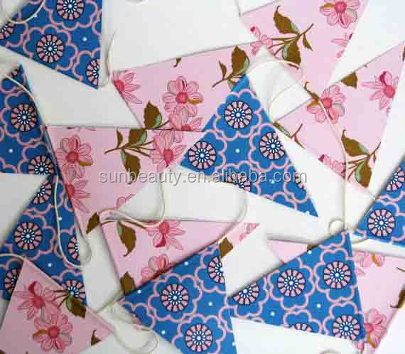 The latest paper flag garland decoration paper garland for Chart paper decoration ideas