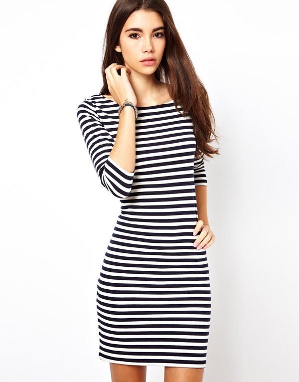 Фото платье в полоску черно белое