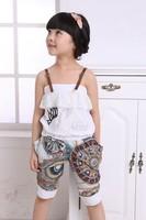 Летом ребенок девочка набор спагетти ремень Майка + гарем брюки Детская одежда наборы случайных спортивные костюмы
