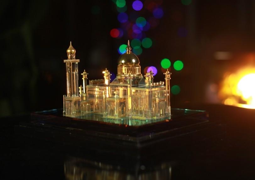 brunei mosque wedding gift view muslim wedding gift. Black Bedroom Furniture Sets. Home Design Ideas