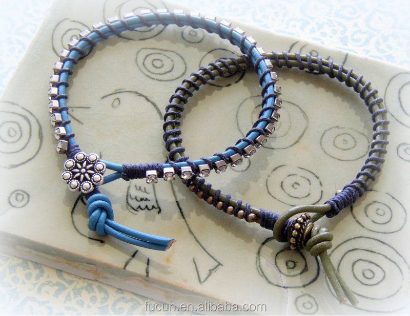 Tutorial-Rhinestone-and-Leather-Bracelet-Conclusion-Image.jpg