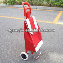 shopping bag with roller