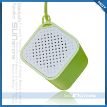 2015 new products remote control smart box handheld loudspeaker with app