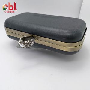 Offre Spéciale forme carrée en métal cadre de sac à main d'embrayage cadre d'embrayage de boîte en métal matériel