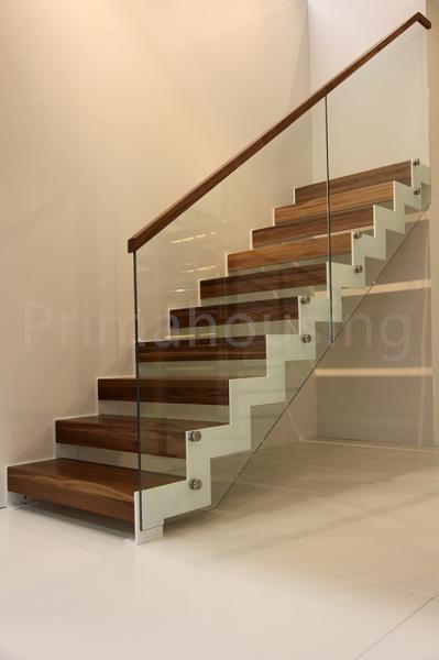 pasamanos de madera vidrio railling escalera interior residencial de metal escalera