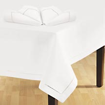 Home Trends Hemstitched Tablecloth & Napkin Set,White ...