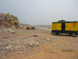 Diesel portable compressor TWT724D-13T for DTH drilling