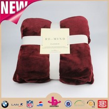 Bright color reflect light one ply two sides fur hem edge flannel blankets polyester by china supplier