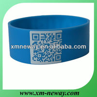 2013 hot sale custom qr code silicone bracelet