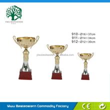 Os campeões de troféus, plástico barato troféus, copos de plástico