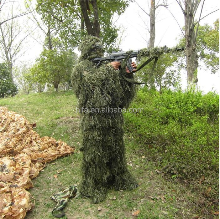 green camo suit.png