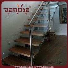 barandas de vidrio que los modelos de escaleras en el interior