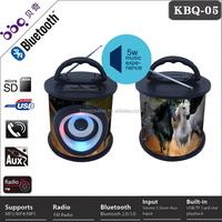 Round shape usb fm radio china bluetooth speaker with christmas design