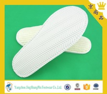 comfortable disposable plastic men slippers for bedroom