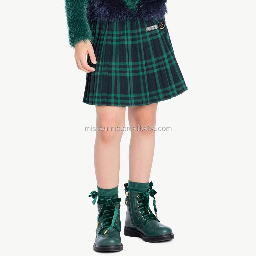 plaid skirt (1).jpg