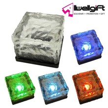 7.0cm Square frosted Glass Solar Powered LED Underground Paving Light