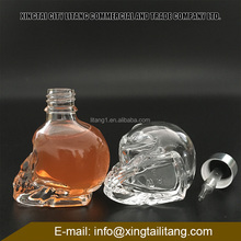 new design 30ml white skull glass dropper bottle with glass dropper for essential oil,perfume