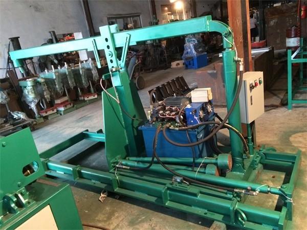 Hydraulic feeder2A.jpg