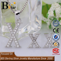 fashion modeling 925 sterling silver jewelry micro paved cubic zirconia letter earring (Q-Z)