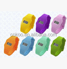 Pupular Cheap Digital Sport Style Silicone Wristband Watch Colorful Silicone Ion Watch 10 colors