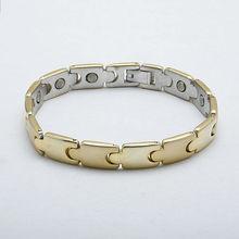 popular chapado en oro pulsera de acero inoxidable pulsera magnética