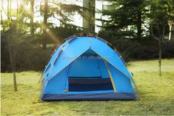 Outdoor camping tents with middle living area / camping family tent