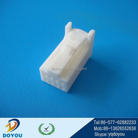 Tyco 1379659-1 Female 8 pins white unsealed auto connector for car