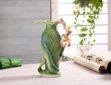 Hot Sale Chinese Style Canna Pattern Ceramic Vase