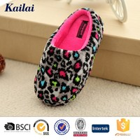 Printing and dyeing coral fleece manufanturer hard sole baby shoes