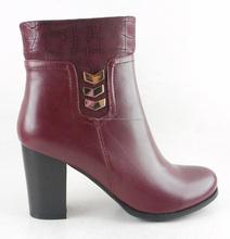 Actualizada la sra. botas corto en la primavera del invierno chapuza botas vino rojo con alta trasero