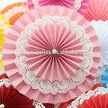 confeti de papel decorados rosetas para vestido de novia de la etapa de bricolaje backgound sala de decoración