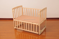 Custom wooden baby cribs and beds single layer with wheels 112x63x88cm