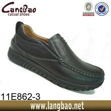 jóvenes zapatos de moda casual