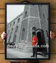 China Supplier Max3 POS-269 England Morning Black Frame Paintings for Western Restaurant Decoration