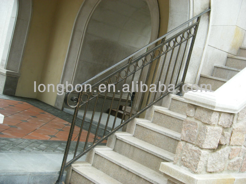 Top selling galvanized outdoor wrought iron stair railing for Main courante escalier exterieur
