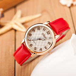 Factory wholesale fashion leather watch for western women