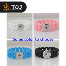 >>2015 Trendy Charms hot sale high quality Braided rope snaps bracelets silicone fit ginger snap button bracelet-