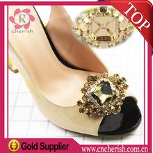 Popular crystal rhinestone shoes jewelry,diamond shape in customize