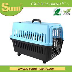 Factory Wholesale fashion pet carrier on wheels