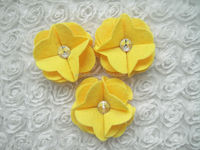 Hot sale beautiful handmade decoration flower for clothes