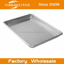 Aluminum sheet pan/quickachips mesh baking tray/a baking tray for small cakes