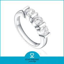 la promoción de cristal de diamante anillo de compromiso